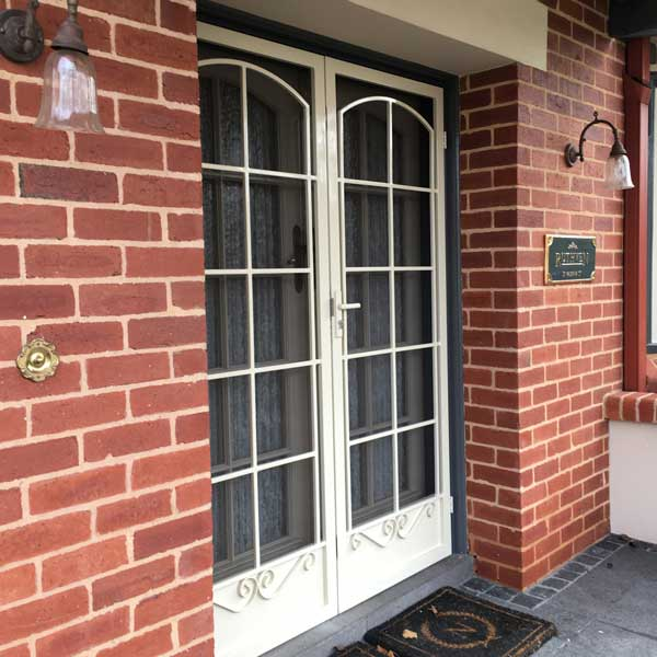 Choose The Best Security Door In Melbourne For Your Residential Property